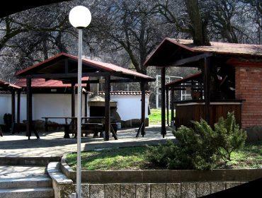 Хотелски комплекс и ресторант до Каспичан | Комплекс Кирека